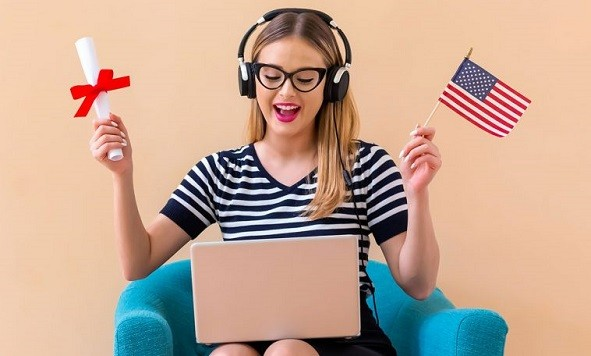 Top 25 Scholarships in USA for International Students  2020-2021